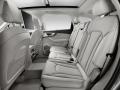 Audi Q7 2015 пассажирские сиденья