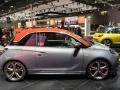 Opel Adam 2015 вид сбоку