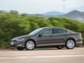Volkswagen Passat 2015 года внешний вид