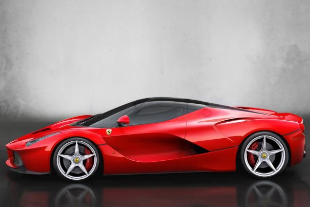 Ferrari LaFerrari Spider- вид сбоку
