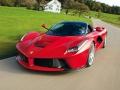 Ferrari LaFerrari Spider на трассе